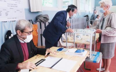 Laurent Bach, Arthur Guillouzouic et Clément Malgouyres – Élections malgré la pandémie de COVID-19 : quels risques pour la vie des responsables politiques ?